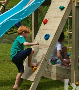 Module wall - climbing wall for playground
