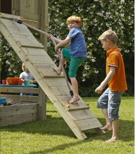 Ramp module - climbing ramp with rope for playground