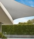 Voile d'ombrage Triangle 5m Commerciale garantie 15 ans 340 gr/m² Marque Coolaroo Coloris Stone
