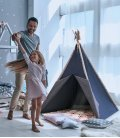 Tente tipi Nautic aux couleurs bleu marine par sunny axi | revendu par leparadisdujardin.fr