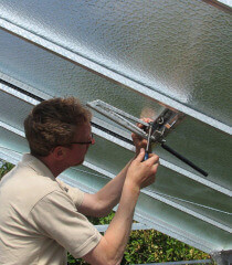 mounting a roof window for ACD greenhouse